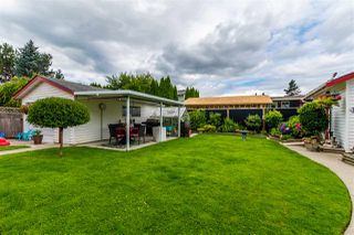 "Photo 4: 45907 LAKE Drive in Chilliwack: Sardis East Vedder Rd House for sale in ""SARDIS PARK"" (Sardis)  : MLS®# R2483921"