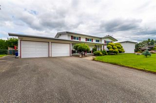 "Photo 1: 45907 LAKE Drive in Chilliwack: Sardis East Vedder Rd House for sale in ""SARDIS PARK"" (Sardis)  : MLS®# R2483921"