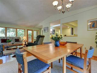 Photo 6: 4970 Prospect Lake Rd in : SW Prospect Lake House for sale (Saanich West)  : MLS®# 854469