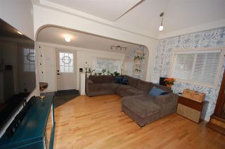 Photo 5: 8732 84 Avenue in Edmonton: Zone 18 House for sale : MLS®# E4214646