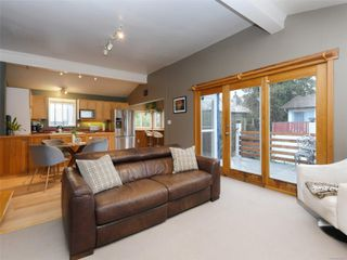 Photo 2: 1149 Grant St in : Vi Fernwood House for sale (Victoria)  : MLS®# 858261