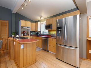Photo 5: 1149 Grant St in : Vi Fernwood House for sale (Victoria)  : MLS®# 858261
