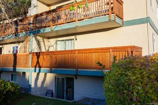 Photo 2: 303 4728 Uplands Dr in : Na Uplands Condo for sale (Nanaimo)  : MLS®# 862317