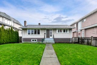 Photo 1: 2348 OLIVER Crescent in Vancouver: Arbutus House for sale (Vancouver West)  : MLS®# R2526996