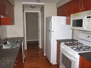 """Photo 10: 105 736 W 14TH Avenue in Vancouver: Fairview VW Condo for sale in """"The Braebern"""" (Vancouver West)  : MLS®# R2527136"""