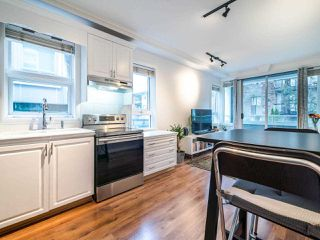 "Photo 6: 202 2036 YORK Avenue in Vancouver: Kitsilano Condo for sale in ""THE CHARLESTON"" (Vancouver West)  : MLS®# R2527836"