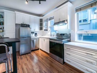 "Photo 10: 202 2036 YORK Avenue in Vancouver: Kitsilano Condo for sale in ""THE CHARLESTON"" (Vancouver West)  : MLS®# R2527836"