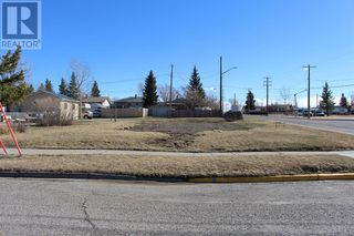 Photo 3: 686 Lacombe Street in Pincher Creek: Vacant Land for sale : MLS®# A1059983