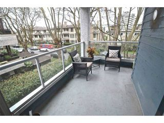 "Photo 8: # 305 3720 W 8TH AV in Vancouver: Point Grey Condo for sale in ""Highbury Place"" (Vancouver West)  : MLS®# V1005739"