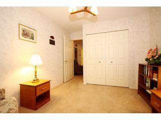 "Photo 9: 42 8889 212 Street in LANGLEY: Walnut Grove Townhouse for sale in ""GARDEN TERRACE"" (Langley)  : MLS®# F1311330"