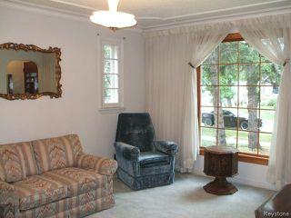 Photo 2: 426 Louis Riel Street in WINNIPEG: St Boniface Residential for sale (South East Winnipeg)  : MLS®# 1319988