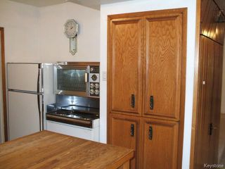 Photo 5: 426 Louis Riel Street in WINNIPEG: St Boniface Residential for sale (South East Winnipeg)  : MLS®# 1319988