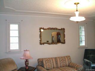 Photo 3: 426 Louis Riel Street in WINNIPEG: St Boniface Residential for sale (South East Winnipeg)  : MLS®# 1319988