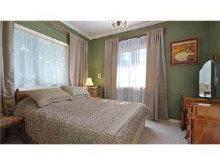 Photo 6: 946 E 24TH AV in Vancouver: Fraser VE House for sale (Vancouver East)  : MLS®# V1035730