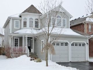 Main Photo: 57 Bayberry Court in Whitby: Freehold for sale