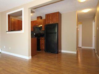 Photo 3: 5 2407 17 Street SW in Calgary: Bankview Condo for sale : MLS®# C3630664