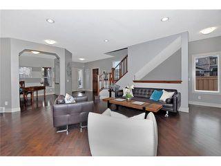 Photo 3: 30 ASPEN STONE Road SW in CALGARY: Aspen Woods Residential Detached Single Family for sale (Calgary)  : MLS®# C3632300