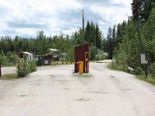 Photo 1: 16201 Hwy 16 East in Yellowhead County: Edson Business with Property for sale : MLS®# 29321