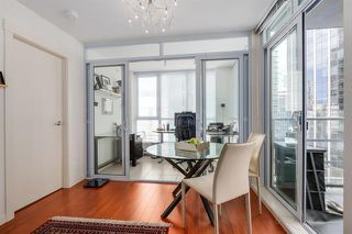 Photo 16: Vancouver West in Coal Harbour: Condo for sale : MLS®# R2068670