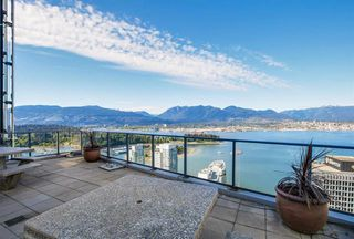 Photo 4: Vancouver West in Coal Harbour: Condo for sale : MLS®# R2068670