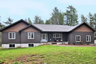 Main Photo: 30 Hodgson Road: Burnt River Freehold for sale ()  : MLS®# X3645812