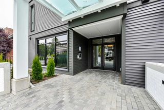 "Photo 2: 215 10168 149 Street in Surrey: Guildford Condo for sale in ""Guildhouse II"" (North Surrey)  : MLS®# R2388943"