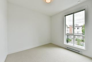 "Photo 8: 215 10168 149 Street in Surrey: Guildford Condo for sale in ""Guildhouse II"" (North Surrey)  : MLS®# R2388943"