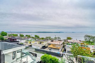 "Photo 26: 14616 WEST BEACH Avenue: White Rock House for sale in ""WHITE ROCK"" (South Surrey White Rock)  : MLS®# R2408547"