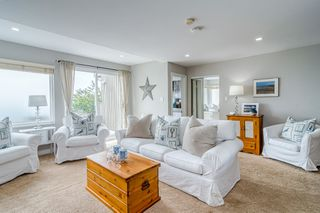 "Photo 11: 14616 WEST BEACH Avenue: White Rock House for sale in ""WHITE ROCK"" (South Surrey White Rock)  : MLS®# R2408547"