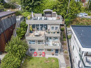 "Photo 36: 14616 WEST BEACH Avenue: White Rock House for sale in ""WHITE ROCK"" (South Surrey White Rock)  : MLS®# R2408547"
