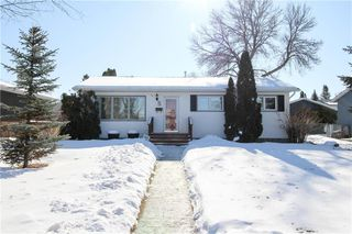 Photo 1: 147 Houde Drive in Winnipeg: St Norbert Residential for sale (1Q)  : MLS®# 202003929