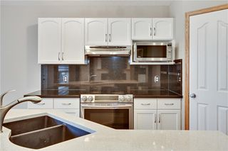 Photo 10: 193 SADDLECREST Place NE in Calgary: Saddle Ridge Detached for sale : MLS®# C4292380