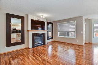 Photo 2: 193 SADDLECREST Place NE in Calgary: Saddle Ridge Detached for sale : MLS®# C4292380