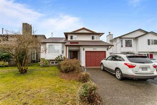 Photo 1: 19512 114B Avenue in Pitt Meadows: South Meadows House for sale : MLS®# R2448683