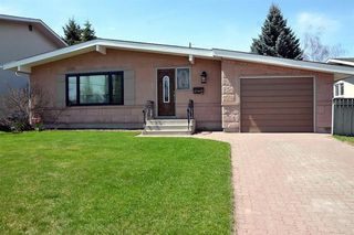 Photo 1: 10419 2 Street SE in Calgary: Willow Park Detached for sale : MLS®# C4296680