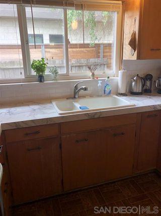 Photo 8: CORONADO VILLAGE House for sale : 3 bedrooms : 900 Coronado Ave in Coronado