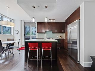 Photo 5: 303 735 2 Avenue SW in Calgary: Eau Claire Apartment for sale : MLS®# A1012643