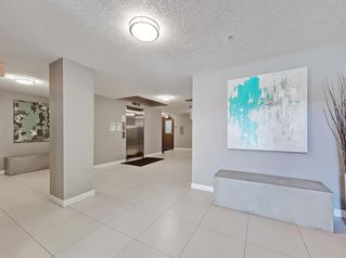 Photo 3: 303 735 2 Avenue SW in Calgary: Eau Claire Apartment for sale : MLS®# A1012643