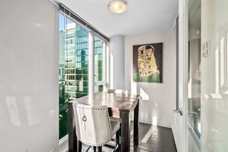 """Photo 12: 1002 822 SEYMOUR Street in Vancouver: Downtown VW Condo for sale in """"L'Aria"""" (Vancouver West)  : MLS®# R2507904"""