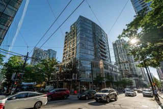 """Photo 17: 1002 822 SEYMOUR Street in Vancouver: Downtown VW Condo for sale in """"L'Aria"""" (Vancouver West)  : MLS®# R2507904"""