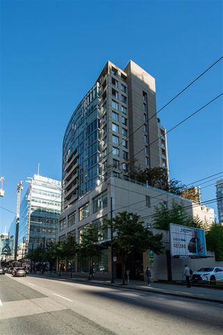 """Photo 18: 1002 822 SEYMOUR Street in Vancouver: Downtown VW Condo for sale in """"L'Aria"""" (Vancouver West)  : MLS®# R2507904"""