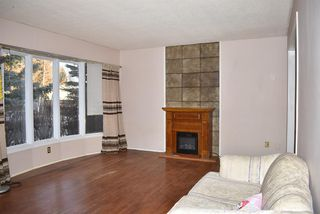 Photo 5: 7015 Huntridge Hill NE in Calgary: Huntington Hills Detached for sale : MLS®# A1058157