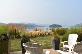 "Photo 8: 5919 BEACHGATE Lane in Sechelt: Sechelt District Townhouse for sale in ""Edgewater"" (Sunshine Coast)  : MLS®# R2526916"