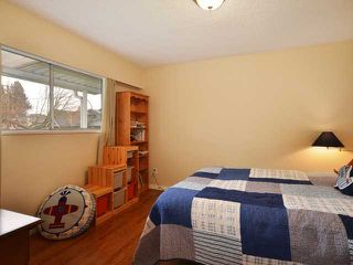 "Photo 8: 3058 GLEN Drive in Vancouver: Mount Pleasant VE House for sale in ""Cedar Cottage"" (Vancouver East)  : MLS®# V937077"