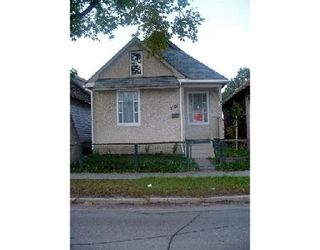 Photo 1: 1151 SELKIRK AVE.: Residential for sale (North End)  : MLS®# 2819752