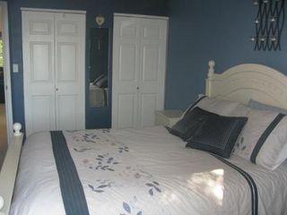 Photo 10: Beautiful 3 Bedroom Bi-Level