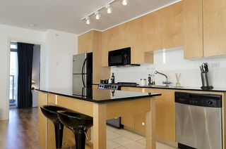 """Photo 7: 1007 989 BEATTY Street in Vancouver: Yaletown Condo for sale in """"NOVA"""" (Vancouver West)  : MLS®# V992056"""