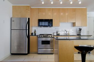 """Photo 6: 1007 989 BEATTY Street in Vancouver: Yaletown Condo for sale in """"NOVA"""" (Vancouver West)  : MLS®# V992056"""
