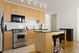 "Photo 8: 1007 989 BEATTY Street in Vancouver: Yaletown Condo for sale in ""NOVA"" (Vancouver West)  : MLS®# V992056"