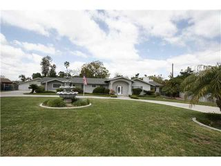 Photo 2: EL CAJON House for sale : 5 bedrooms : 642 Lipizzan Way